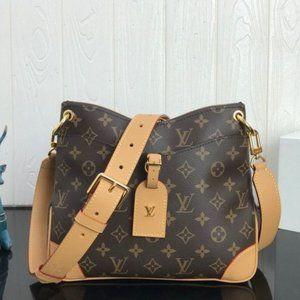 Classic simple business shoulder bag LBB001